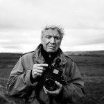 Fotógrafo de guerra Don McCullin vai ganhar cinebiografia dirigida por Angelina Jolie e estrelada por Tom Hardy